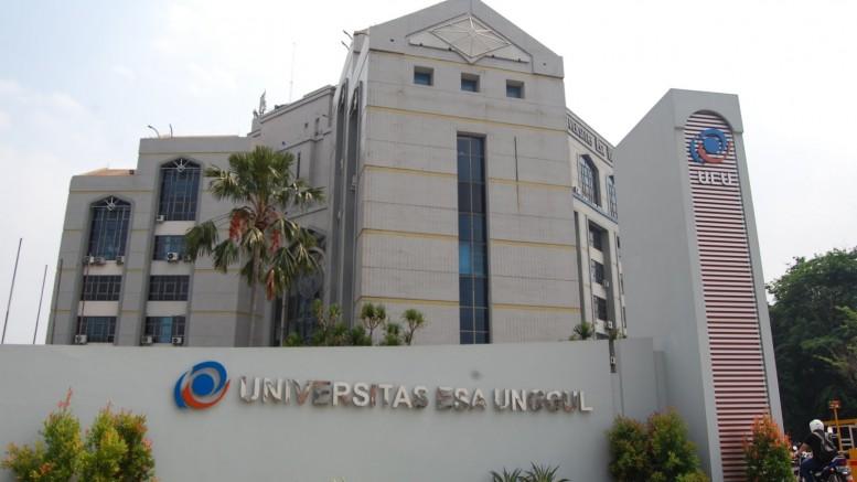 Gedung_UEU